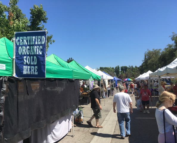 エンシノ・ファーマーズマーケット(Encino Farmers Market)